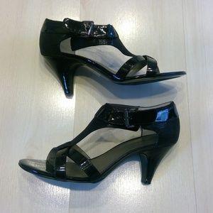 Women Bandolino Dreamer Black Open Toe Heels Shoes